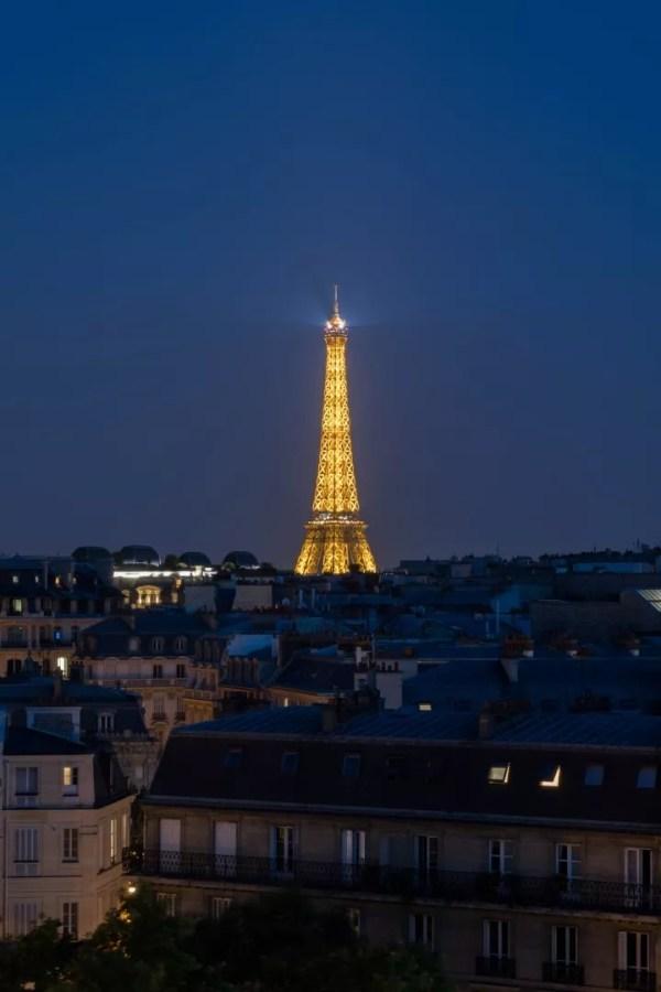 La Tour Eiffel by Night !