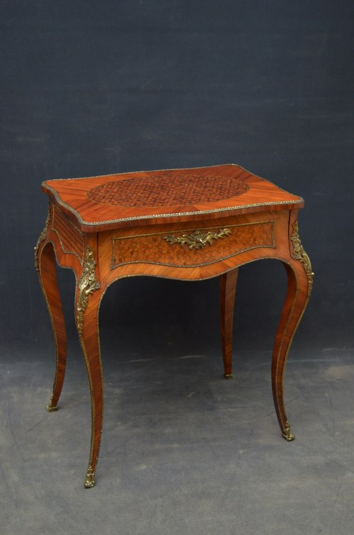 Exceptional Louis XV Design Kingwood Dressing Table