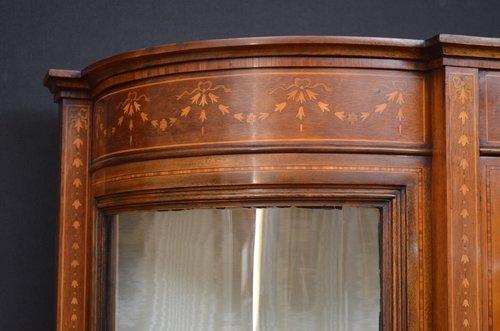 Fine Quality Edwardian Display Cabinet - Vitrine