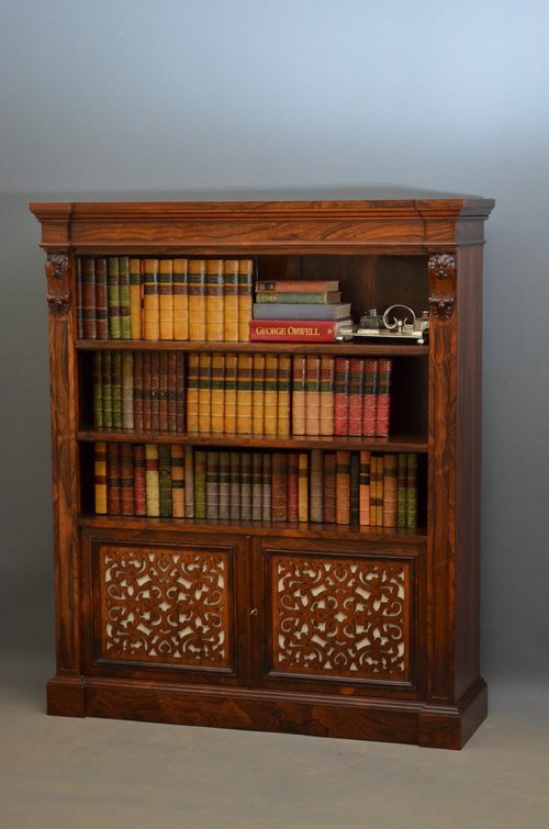 An Exceptional William IV / Early Victorian Bookcase