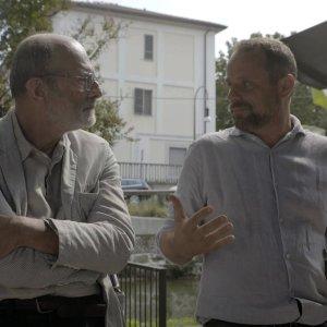 Massiminio insieme a Felice Farina nel film documentario Conversazioni Atomiche