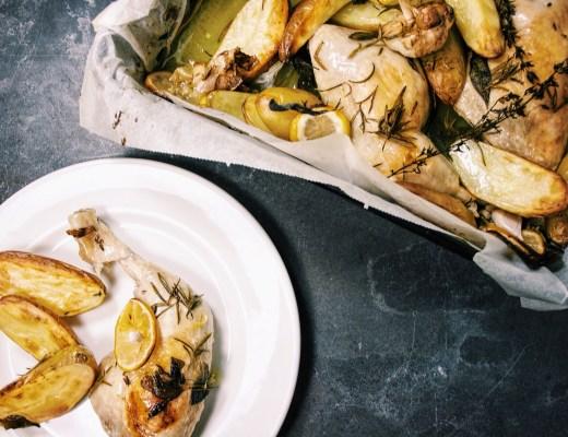 Kippenbouten met wijn en kruiden