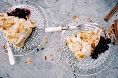 Blitz torte met bosbessencompote