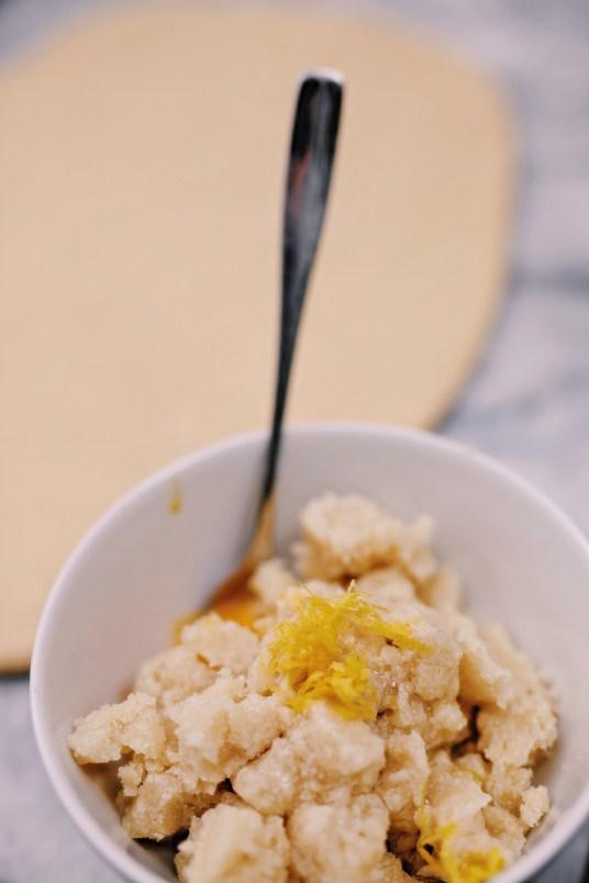 Frambozenbroodjes met amandel & spijs