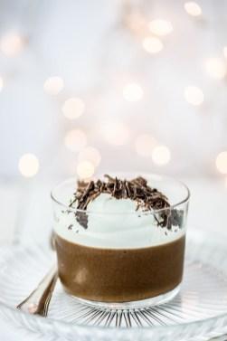 Espresso whiskey-chocolademousse met room