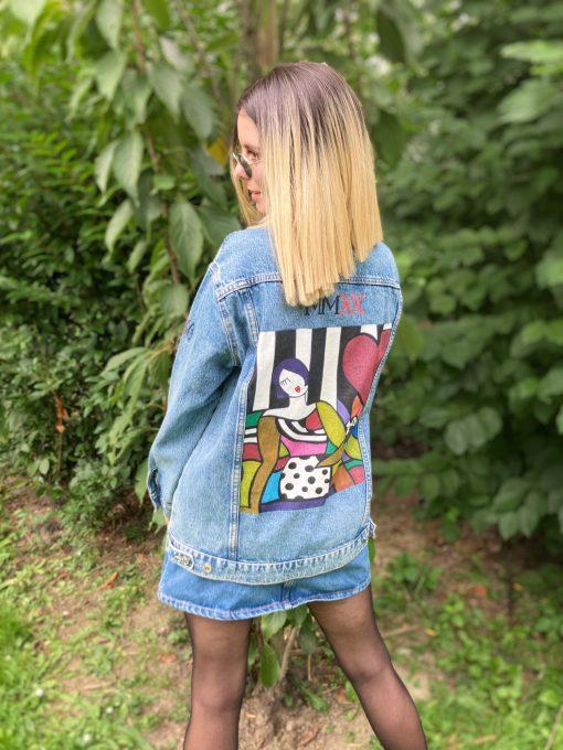 veste en jean personnalisée au style cubique