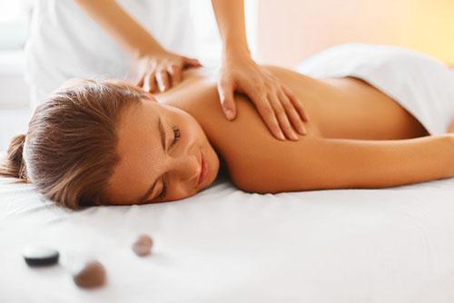 massage from nineteen hair and beauty Farnham