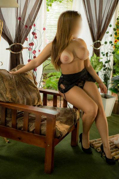 Sandra Telles - Com Local