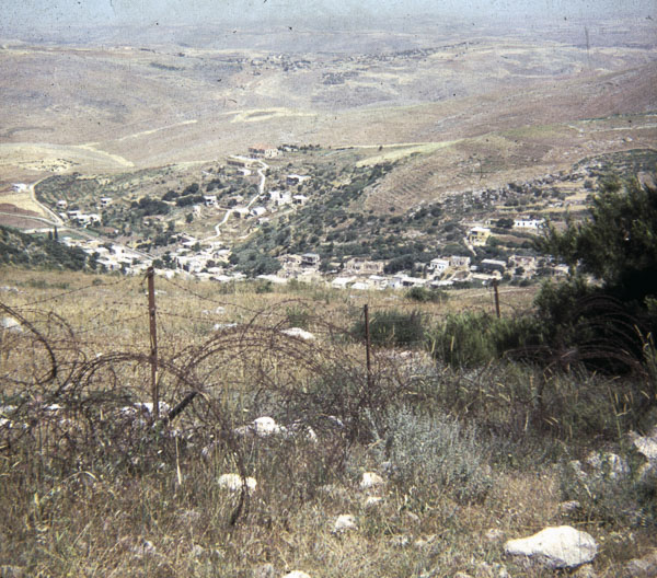 The border to Lebanon from the Israeli side. Not very sophisticated at that time…