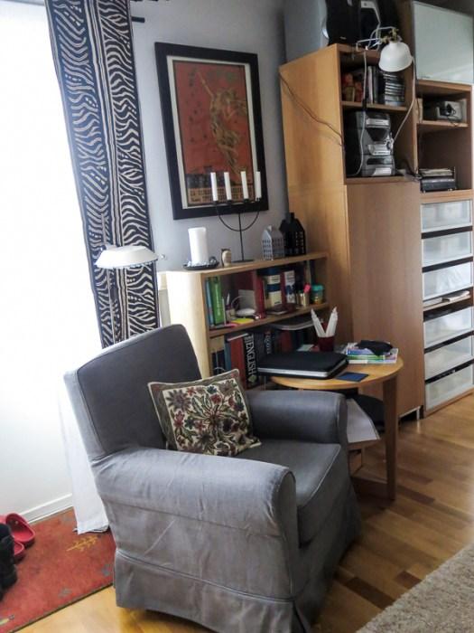 greychair, no carpet