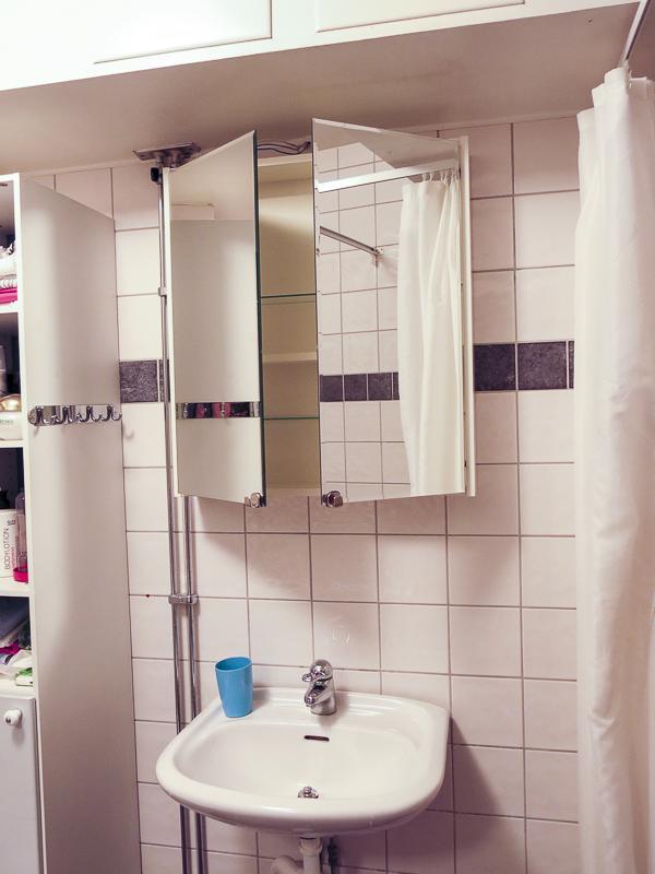 bathroomcupboard