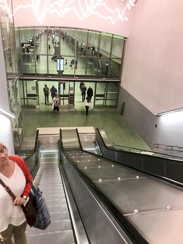 stockholmodenplan, escalator, rulltrappa, commuter