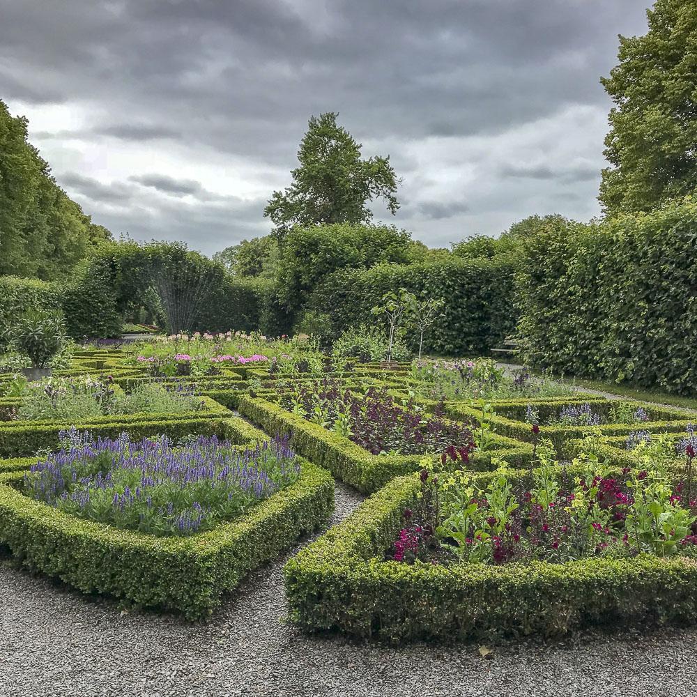 flowerbeds, hedges, ulriksdalspalacepark
