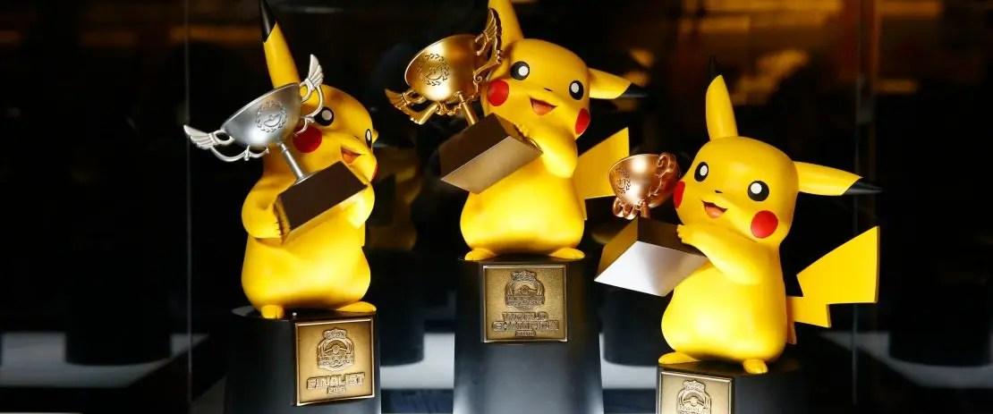 2016-pokemon-world-championships-trophies-photo