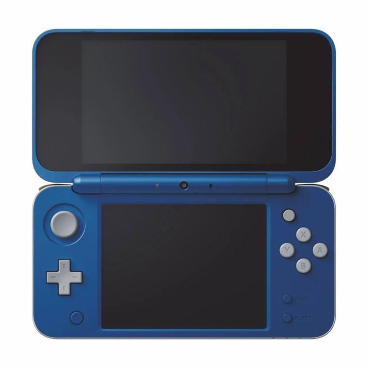 New Nintendo 2DS XL Hylian Shield Edition Photo 1