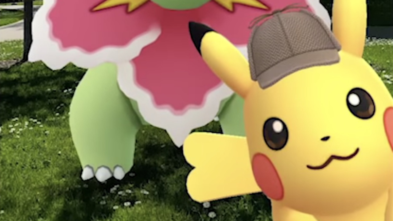 Pokémon GO Detective Pikachu Photobomb Screenshot