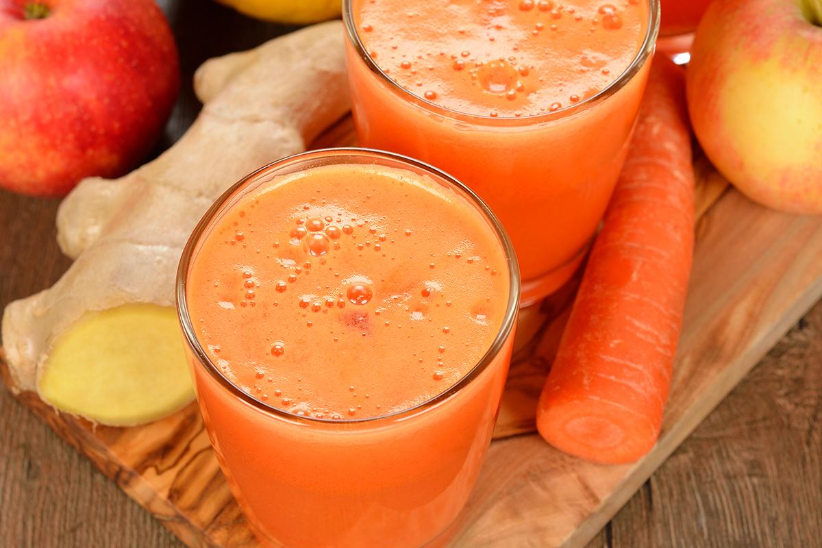 Recette boisson naturelle bien-être : pomme, carotte, orange, mangue et gingembre