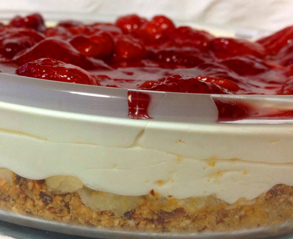 whole strawberry preserve topping for cheesecake