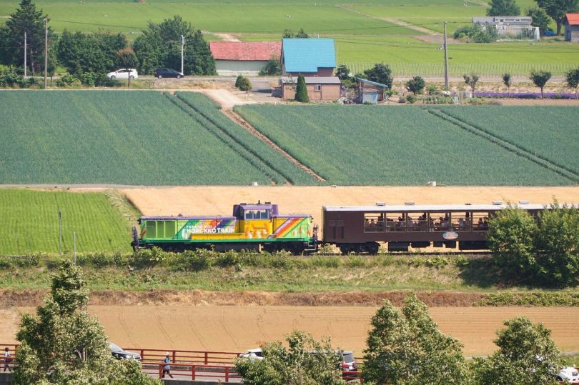 Furano-Biei Norokko is a train on the JR Furano Line offering great views of the pastoral fields of the area, but only during the summer.