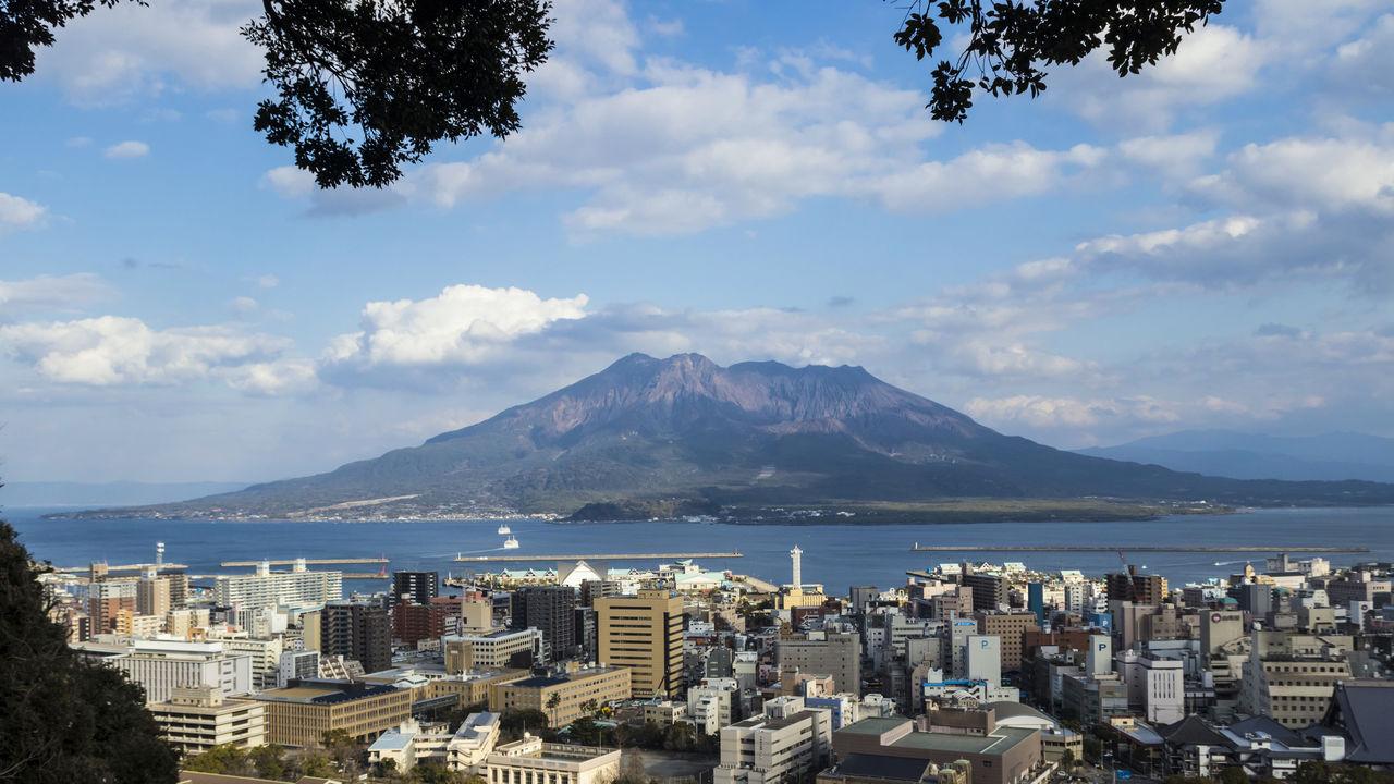 鹿児島 桜島:活火山と人々が共生する島で地球の鼓動を感じる ...