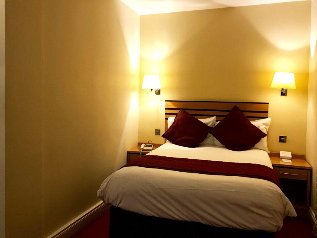 RIU PLAZA THE GRESHAM HOTEL DUBLIN, WHERE TO STAY IN DUBLIN REVIEW, NISHI V, NISHIV, WWW.NISHIV.COM