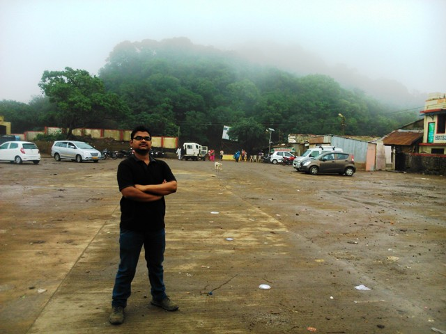 Shakti at vehicle parking ground
