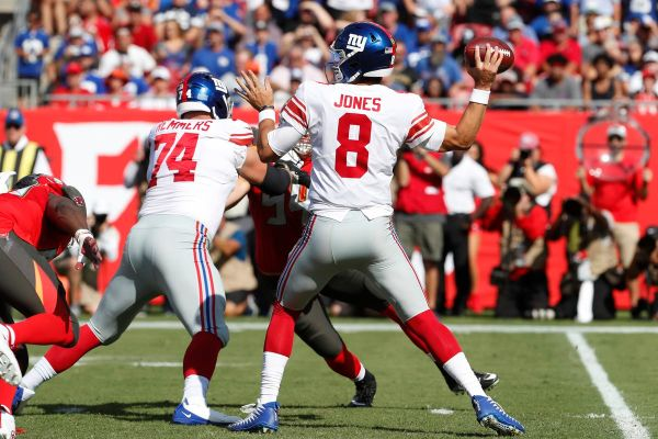 Daniel Jones shines in Giants debut | Here