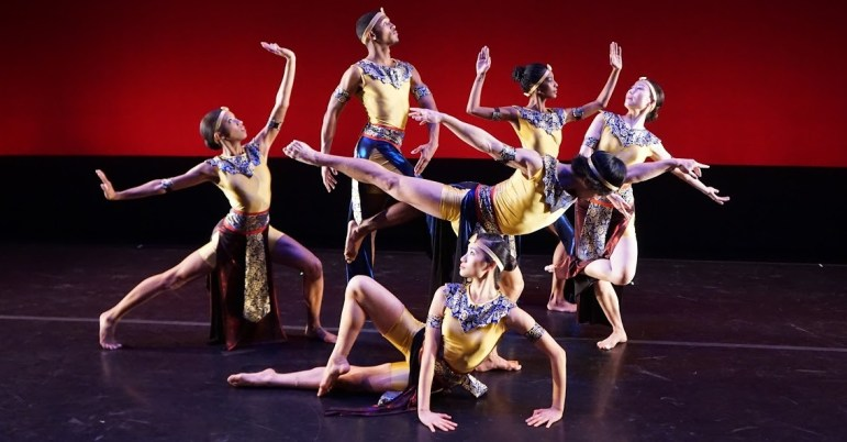 "Members of the Nai-Ni Chen Dance Company perform ""Movable Figures."""
