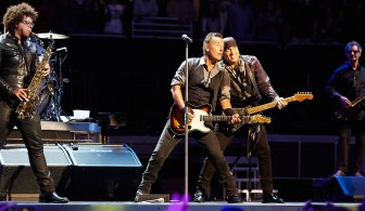 Bruce Springsteen Christmas.Christmas Comes Early For Springsteen Fans In Manchester