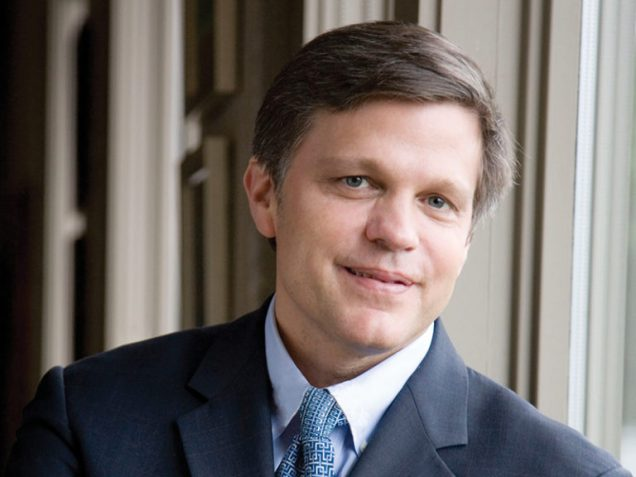 800x600_Douglas_Brinkley_Mobile