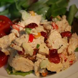 Kızılcıklı Tavuk Salatası