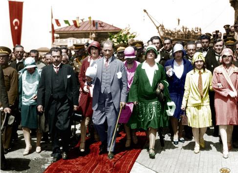Atatürk'e Göre Kadının Toplumdaki Yeri – Türk Toplumunda Kadının Önemi