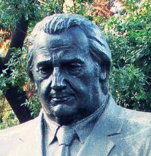 Oktay Akbal Aslen NERELİ , kimdir , kaç yaşında ,biyografisi , hakkında