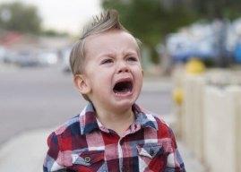 2 Yaş Sendorumu Nedir? İki Yaş Sendromu Belirtileri ile Davranış Tarzımız Nasıl Olmalıdır?