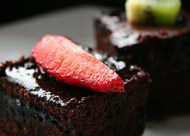 Islak Kek Tarifi – Kakaolu Kek Sevenler İçin Kakaolu Islak Kek Nasıl Yapılır