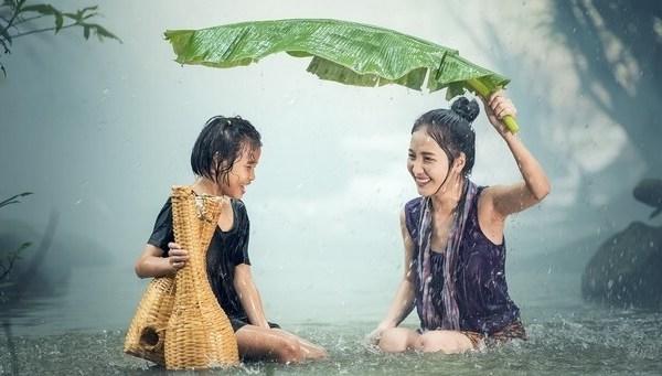Yağmurda Koşan Mı Yoksa Yürüyen Mi Daha Çok Islanır?