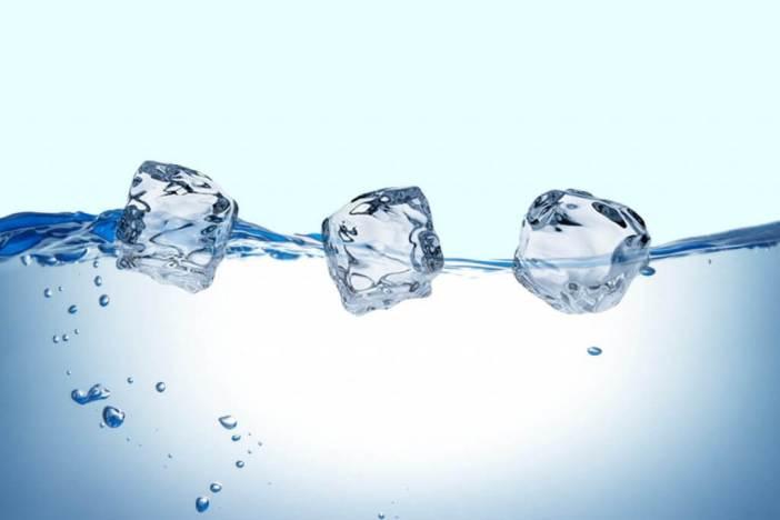 yüzen buz