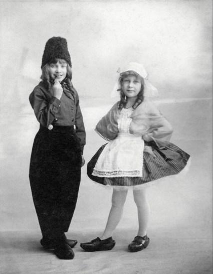 Anonymous photographer, France, Paris, Early 20th century. Souvenir picture. French interpretation of Dutch costumes.