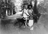 Anonymous photographer. The Netherlands, early 20th century.