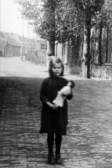 Anonymous photographer and model. The Netherlands, early 20th century.