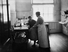 Photo by the Amsterdam photographer Hendricus W. J. Bickhoff (1866-1933). Part of a series of 27 photographs telling a staged story on the life in the Amsterdam citizen's orphanage. (Burgerweeshuis Amsterdam, the building now houses the Amsterdam Museum). It was presented in a leather box to it's former director J. Stork in 1904.
