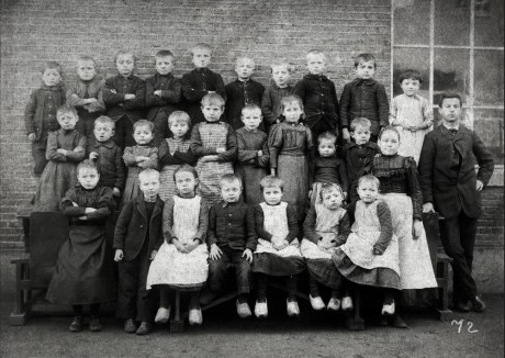 Anonymous photographer at unknown primary school. The Netherlands, late 19th century.