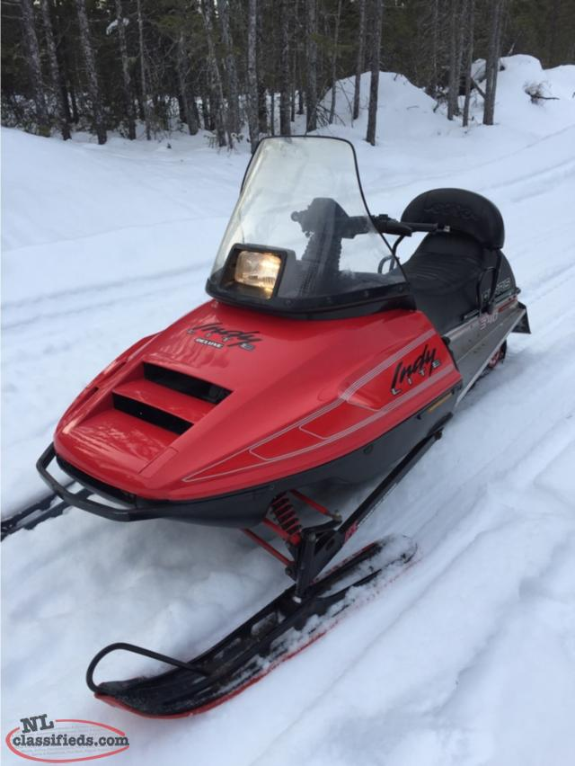 Polaris 340 Snowmobile 1985