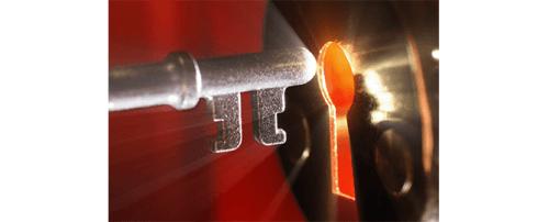 Secret lock towards keyhole