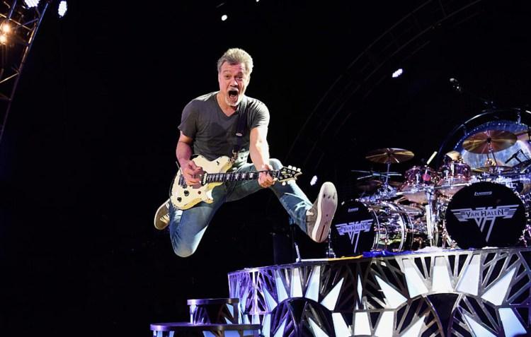 Watch Eddie Van Halen perform 'Jump' at last ever Van Halen concert