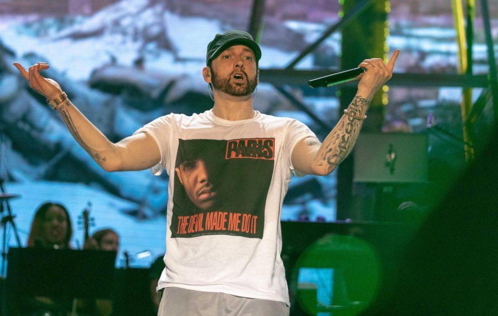 Eminem stapt de ring in nieuwe video voor 'Higher'