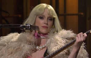 Watch as St.  Vincent debuts live on songs 'Daddy's Home' on 'SNL'