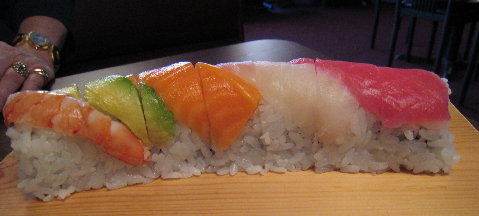 The colorfun Rainbow roll.