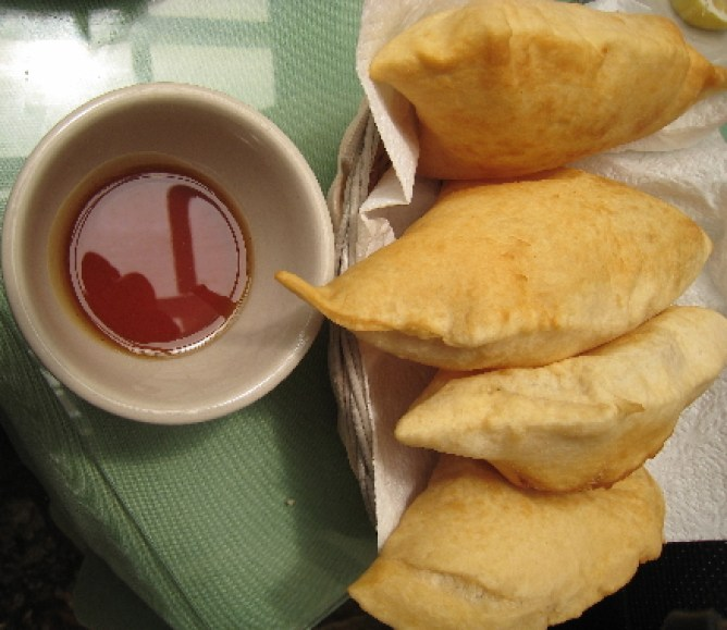 Sopaipillas with real honey