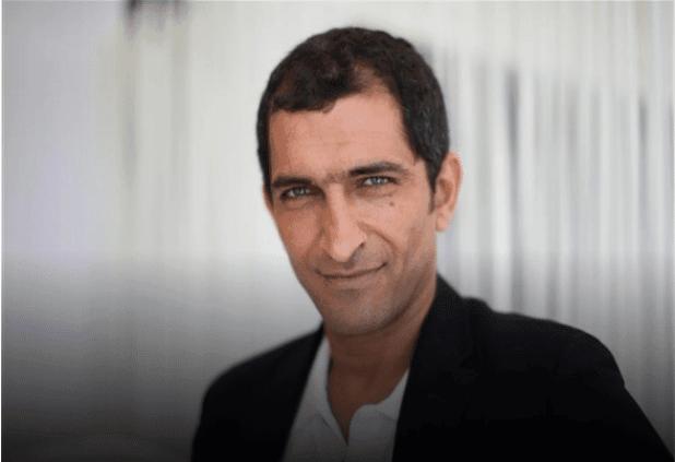 Untitled 22 - قهوة عربي - الفنان عمرو واكد ينجو من حكم بالسجن ثلاثة أشهر